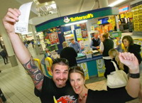 Australian to Celebrate the Biggest Oz Lottery Jackpot in History!